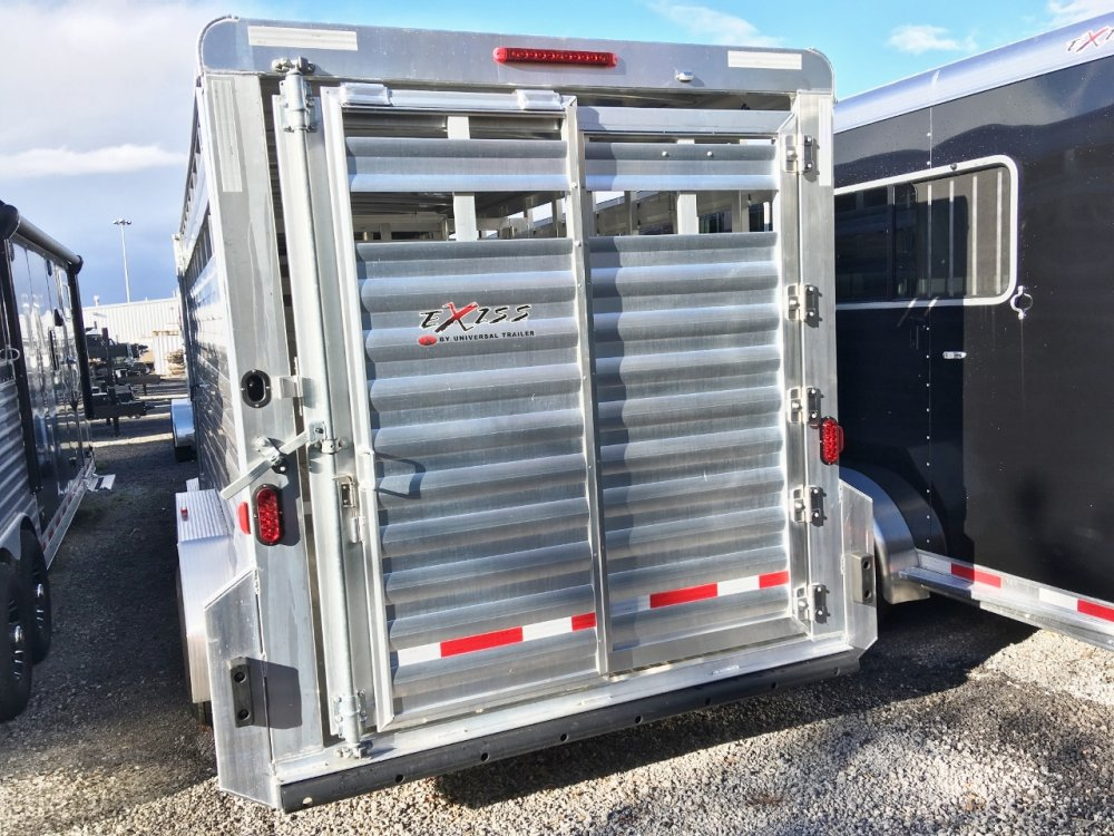 Exiss 20' GN Stock Trailer