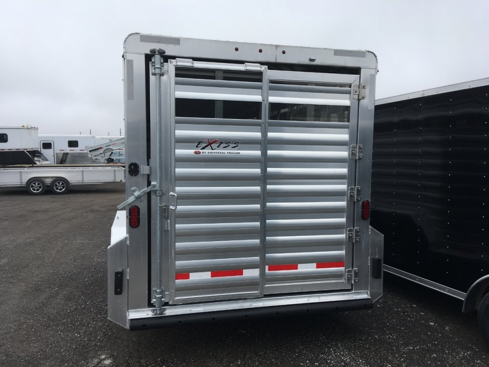 Exiss 24' GN Stock Trailer