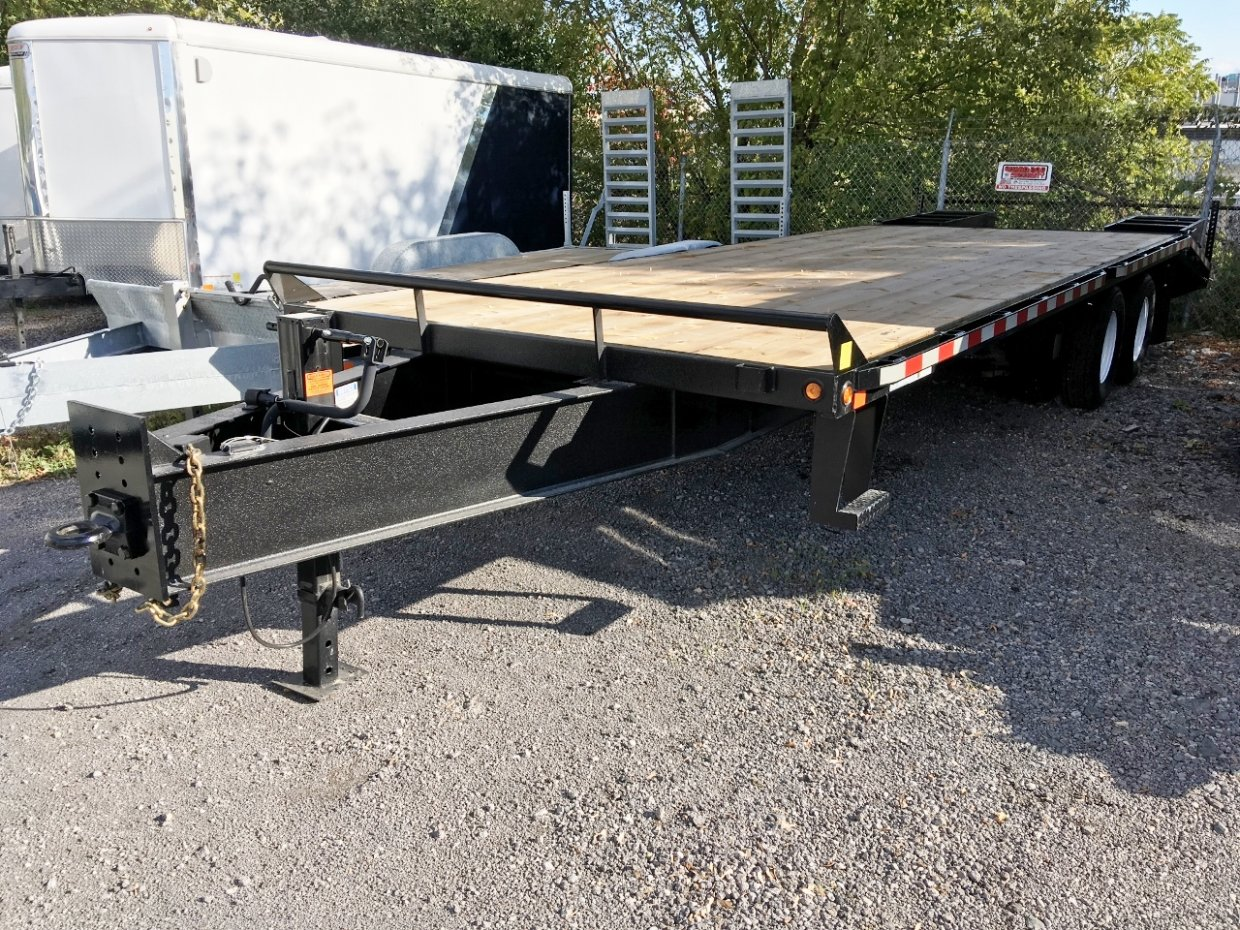 Canada Trailers 25' Deckover Equipment Float 12 Ton