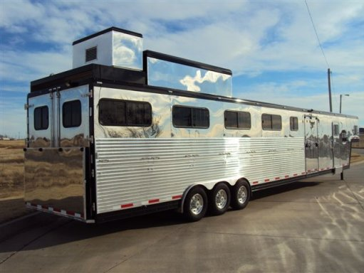 HORSE TRAILERS - STOCK TRAILERS/LIVESTOCK TRAILER