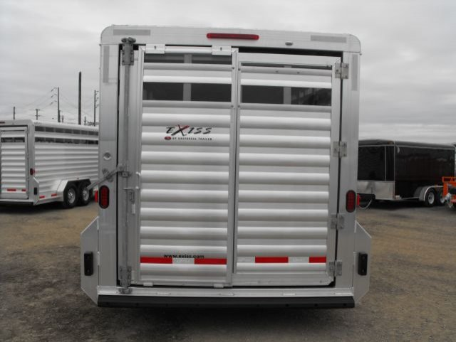 exiss 16 bumper pull stock trailer rear view