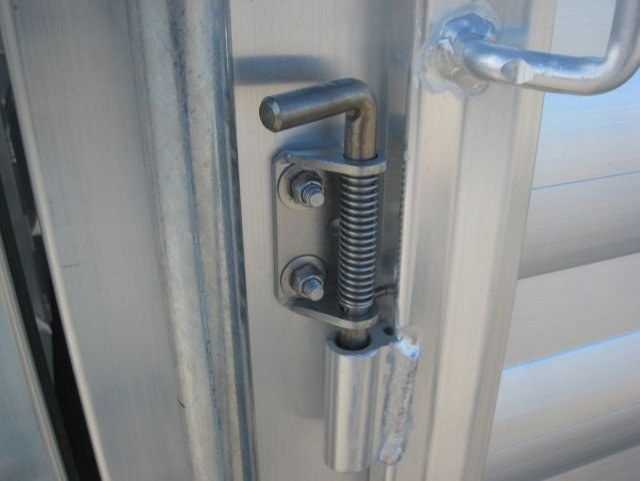 exiss 24 stock combo trailer latch